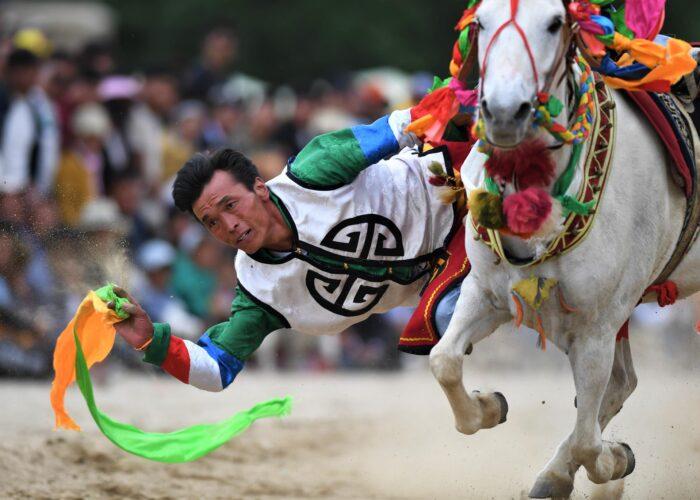 Horse racing Festival Tibet